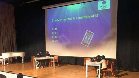 """Kemerburgaz Kampüsü Ortaokul Kademesi 6. Sınıflar """"Quiz Show"""" etkinliği"""