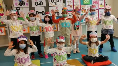 Mavişehir Okyanus Koleji Okul Öncesi Öğrencileri Okulumda 100. Günüm etkinliğinde