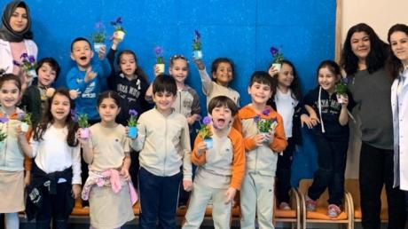 Mimarsinan Okyanus Koleji Okul Öncesi Gökkuşağı Grubu Aile Katılımı Etkinliğinde