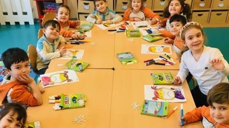 Nilüfer Okyanus Koleji Okul Öncesi Yunuslar Sınıfı Fen ve Matematik Dersinde
