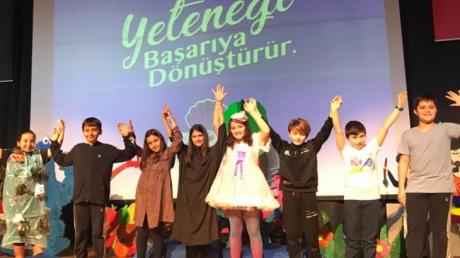 Kemerburgaz Okyanus Koleji 5. Sınıf Öğrencileri Masal Anlatma Yarışması'nda Marifetlerini Konuşturdu