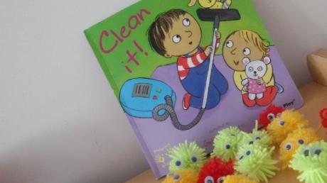 """Incek Okyanus College Pre-school Çiçekler Group Read The Story  """"Clean It"""""""