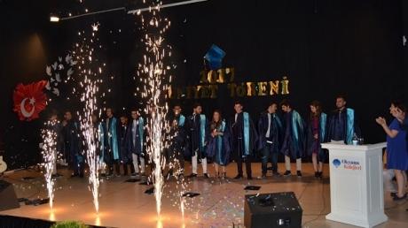 Adana Kampüsü Anadolu Lisesi 2016-2017 Mezunlarını Uğurladı