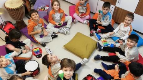 Bahçelievler Okul Öncesi Öğrencileri İlgi ve Yetenek Merkezlerinden Müzik Eğitiminde