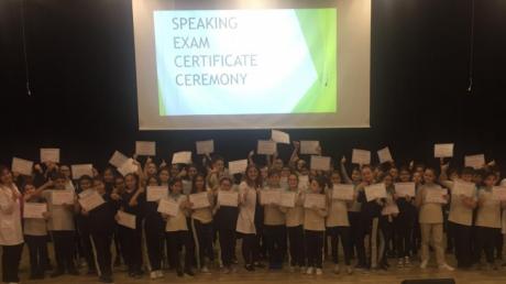 Bayrampaşa Okyanus Ortaokulu 5.Sınıf Öğrencileri Konuşma Sınavı Sertifika Töreninde!