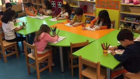 Beykent Okyanus Koleji Okul Öncesi Çiçekler Sınıfı Okuma Yazma Etkinliğinde