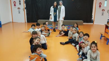 Beykent Okyanus Koleji Okul Öncesi Güneş  Grubu Öğrencileri Play Time Etkinliğinde