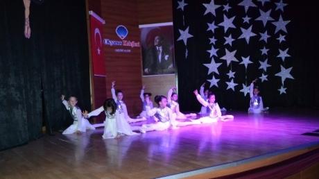 Beylikdüzü Kampüsü Yıl Sonu Modern Dans -Bale Yetenek Gösterileri