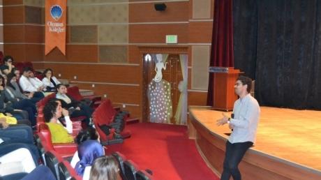 Beylikdüzü Okyanus Lise Öğrencilerine Kariyer Gelişim Semineri Düzenlendi
