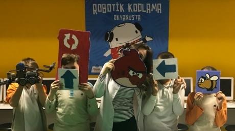 Fatih Okyanus Koleji'nde Bilişim Haftası Coşkuyla Kutlandı