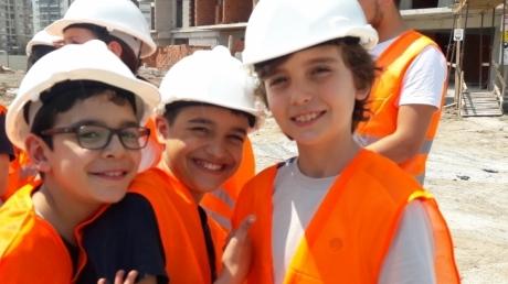 Bornova Okyanus Ortaokulu Gelecekte Bir Gün Meslekte İlk Gün Projesi
