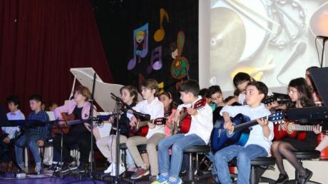 Çekmeköy Okyanus Koleji İlkokul, Ortaokul ve Lise Müzik Yetenek Gecesi