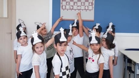 Eryaman Okyanus Koleji Okul Öncesi Bölümü A ve B Grubu Öğrencileri Satranç Şenliğinde