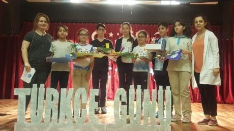 """Fatih Okyanus Koleji Ortaokul Öğrencileri """"Türkçe Günü Kutlamaları"""" Bütün Sınıfların Coşkulu Katılımıyla Gerçekleşti."""