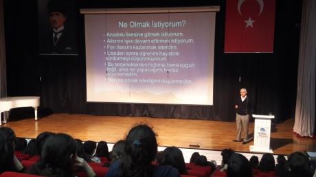 Güneşli Okyanus Koleji Ortaokul 8.Sınıf Öğrencileri Hedef Belirleme Seminerine Katıldı.