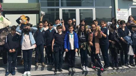 Güneşli Okyanus Ortaokulu 5. Sınıf Öğrencileri Hayvan Barınağını Ziyaret Etti.