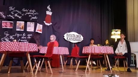 Kemerburgaz Okyanus Koleji Lise Kademesi Hayata Dair Kahvehanesi'nde