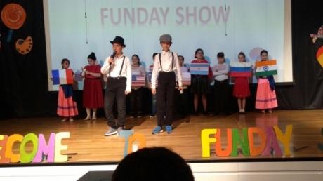 """5. sınıflar """"Fun Day"""" yıl sonu gösterilerini büyük bir coşkuyla sergiledi."""