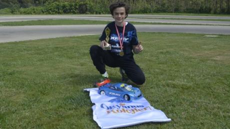 Mavişehir Okyanus Koleji Ortaokul Kademesi Öğrencisi Poyraz Serezlioğlu'ndan Bir Şampiyonluk Daha