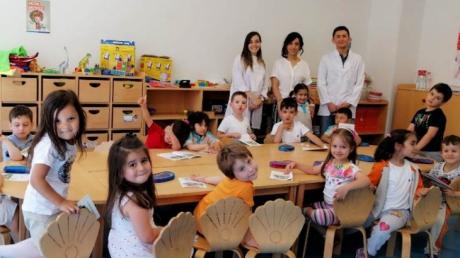 Okul Öncesi Deniz Yıldızı Grubu Öğrencileri Aile Katılımı Etkinliğinde