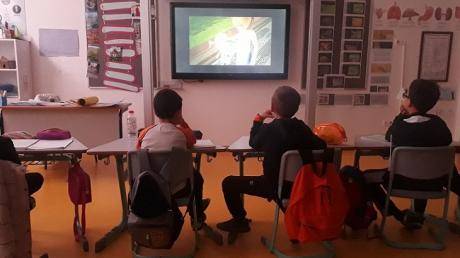 Üstün Zekalılar ve Yetenekliler İlkokulu 2-D Sınıfı Öğrencileri Hayat Bilgisi Dersinde
