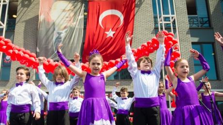 23 Nisan Ulusal Egemenlik ve Çocuk Bayramını Coşkuyla Kutlandı