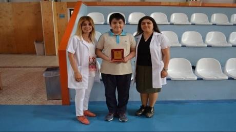 """Adana Okyanus Koleji  """"Ben de Yazarım"""" Yarışması Mart Ayı Birincisi"""