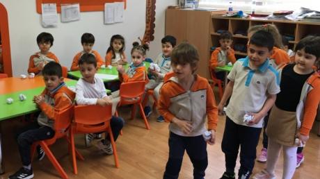 Bahçelievler Okul Öncesi Yıldızlar Grubu Play Time Eğitiminde