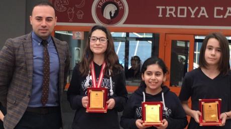 Bahçeşehir Okyanus Koleji Ortaokul Kademesi Mart Ayı Örnek Öğrencileri