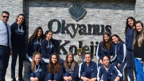 Beykent Okyanus Koleji Genç Kız Voleybol Takımımız İlçe Şampiyonu Oldu.