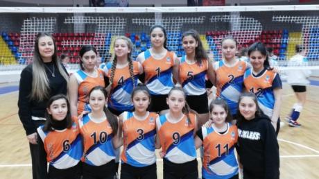Beykent Okyanus Yıldız Kız Voleybol takımımız İlçe 3'sü oldu.