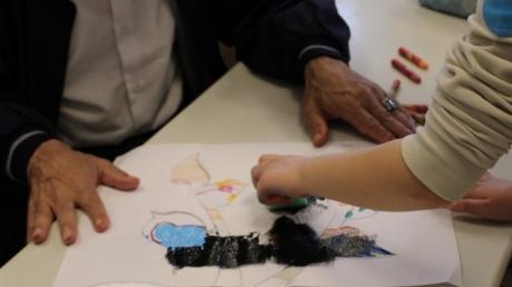 2. Sınıf Öğrencilerimiz Okullarında Misafir Ettikleri Yaşlılarımız İle Sosyal Sorumluluk Projelerini Gerçekleştirdiler.