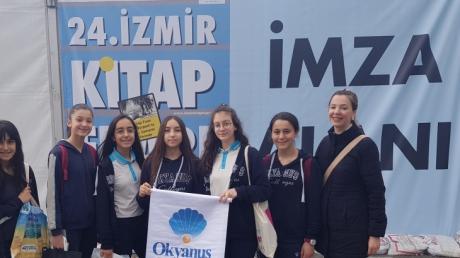 Bornova Okyanus Koleji Öğrencilerinin Kitap Fuarı Heyecanı