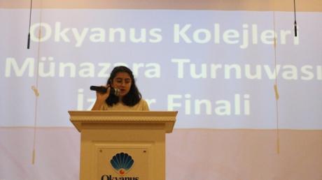 Bornova Okyanus Kolejinde Münazara Finali Heyecanı