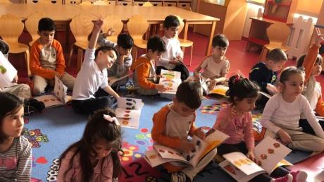 Çekmeköy Okul Öncesi Yıldızlar Grubu İngilizce Dersinde