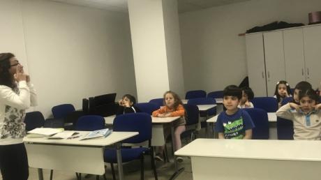 Çekmeköy Okyanus Koleji Okul Öncesi Balıklar Grubu Öğrencileri Müzik Etkinliğinde