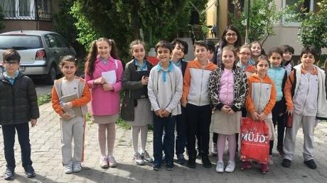 Halkalı Okyanus Koleji İlkokul Öğrencileri Yeşilköy'de Huzurevini ziyaret etti.