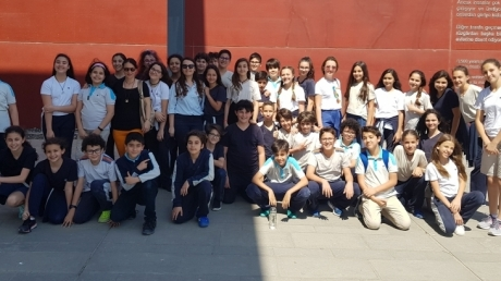 """Mavişehir Okyanus Koleji Ortaokul Kademesi """"Geçmişe Yolculuk"""" Yapıyor"""