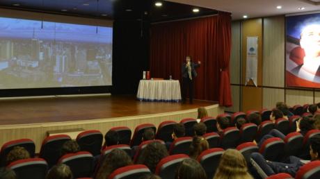 Mina Tansel ve İstanbul'la Baş Başa…