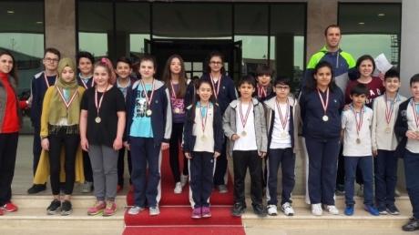 Nilüfer Okyanus Koleji Sınıflar Arası Badminton Turnuvası Sona Erdi...