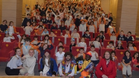 Beykent Okyanus Kolejinde İngilizce Tiyatro Etkinliği