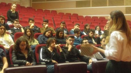 """Beylikdüzü Okyanus Anadolu Lisesi """"12 .Sınıf Öğrencilerine Sınav Kaygısı Sunumu Yapıldı"""""""