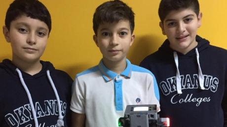 Beylikdüzü Okyanus Koleji 5-6-7-8.Sınıf Öğrencilerimiz Robotlarını Tasarlayıp, Kodladılar