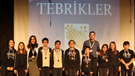 Bornova Okyanus Koleji Ortaokul Kademesi 6. Sınıf Öğrencileri Arasında Kelime Yarışması Düzenlendi