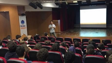 Fatih Okyanus Kolejinde 'Akran Zorbalığı Sanal Zorbalık' Konulu Seminer