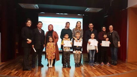 """Fatih Okyanus Kolejinde """"Sorumluluk Sahibi Çocuklar Yetiştirme Anne-Baba Atölyesi"""" Yapıldı"""