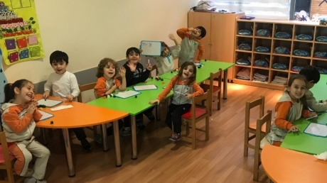 Fatih Okyanus Koleji Okul Öncesi Yıldızlar Grubu Okuma Yazmaya Hazırlık Dersinde