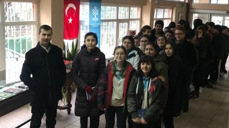 Fatih Okyanus Koleji Ortaokul Öğrencileri Refik Halit Karay kütüphanesi Gezisi