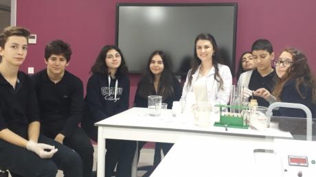 Lara Okyanus Koleji 9. Sınıf Öğrencileri Biyoloji Laboratuarında