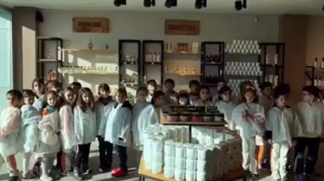 İlkokul 2.Sınıf Öğrencilerimizin Krem Fabrikası Gezisi